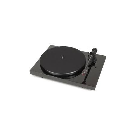PRO-JECT DEBUT CARBON 2M RED Gira Discos